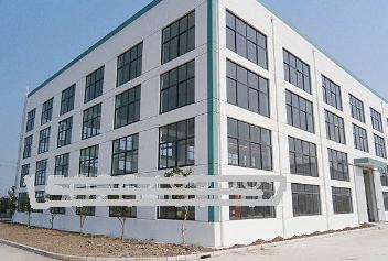 金山漕泾重工厂房2520平可架两排行车配办公 出租
