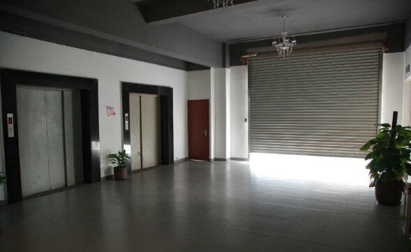 XA闵行莘庄工业区厂房仓库办公楼出租 90、 200、550平物业直租 展示、特卖、汽车、教育等行业