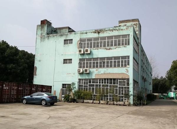 A8326 青浦区赵巷镇镇中路芦沈路4000平多层厂房仓库办公楼出租  50-500平方米可分割出租