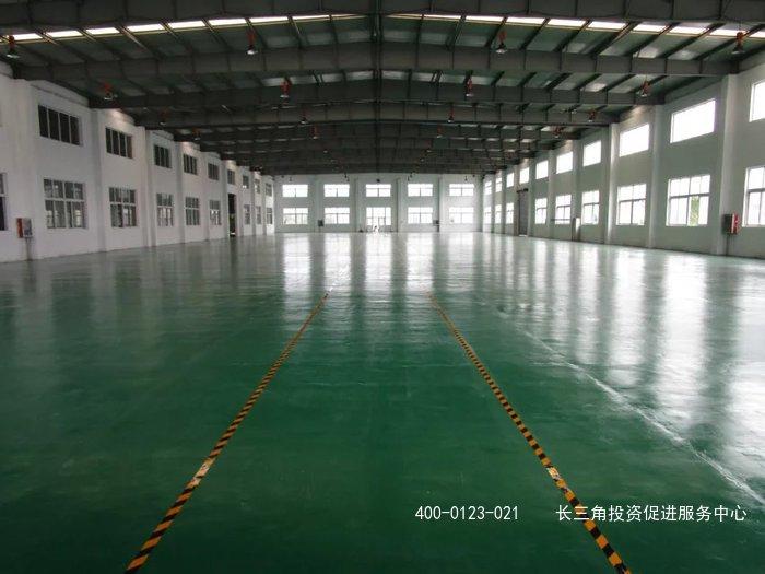 G2092 嘉定区安亭镇漳翔路7000平方米仓库出租 托管式服务 层高八米 环氧地坪 中间无立柱