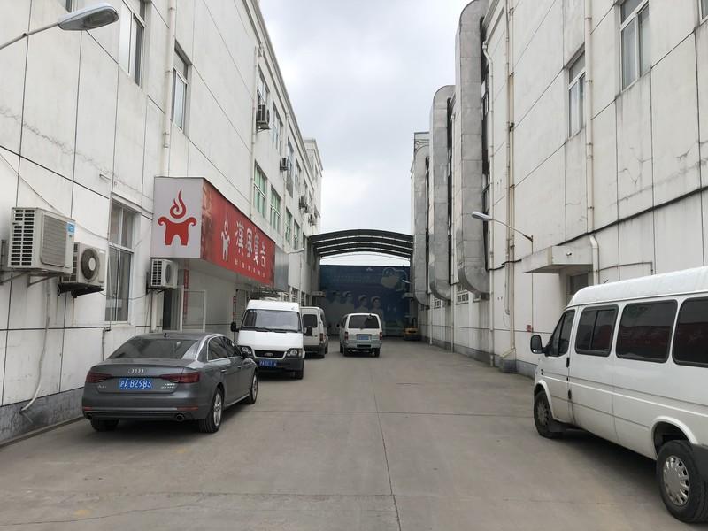 G2205 松江车墩车业路G15 G60附近多层厂房出租 500平起租