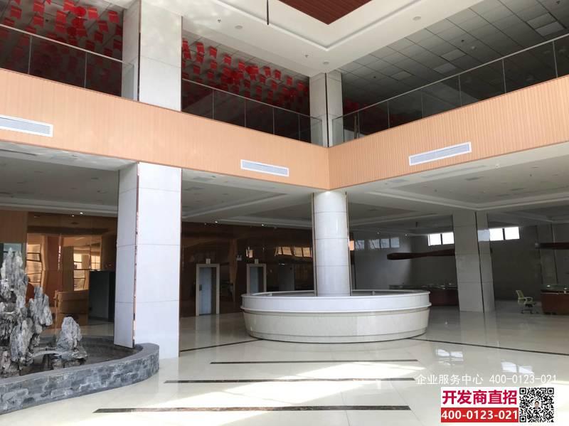 G2406浦东外高桥保税区加太路 近地铁6号线航津站 8000平方米  整体出租出售