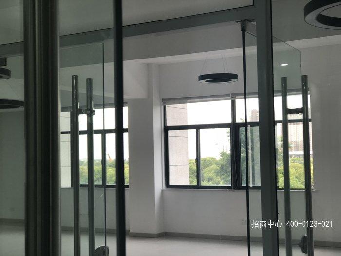 G2584 苏州市相城区渭塘镇 多层厂房大小可分割出租 办公楼精装修