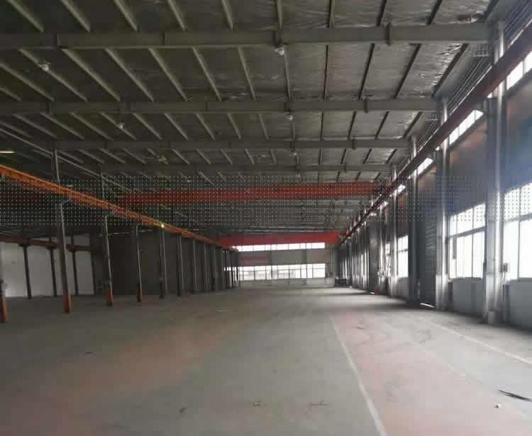 G2693 奉贤柘林镇工业区沪杭公路科工路独门独院13000平米全单层标准厂房 可分割出租 带行车