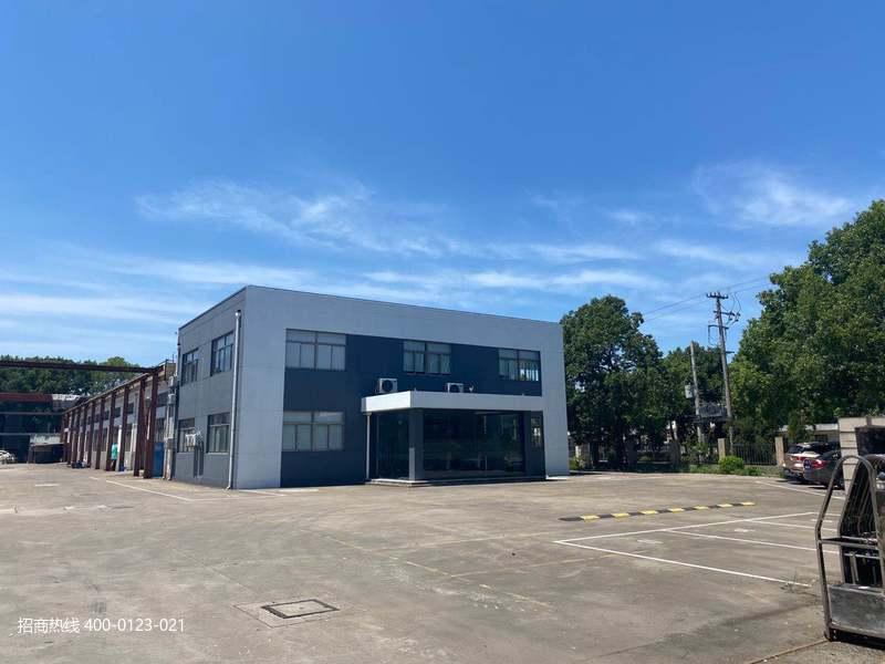 G2854 松江工业区车墩104板块高速口600米独门独院单层火车头厂房出售 1833平、1603平 只有两栋分别出售